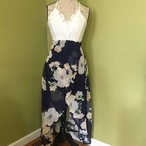 Dresses & Skirts - NWOT High Low floral dress